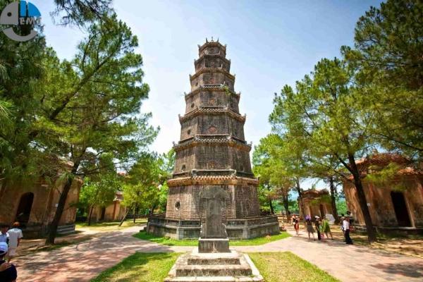 Danh sách 13 Ngôi Chùa ở Huế nổi tiếng vì đẹp và linh thiêng nhất.