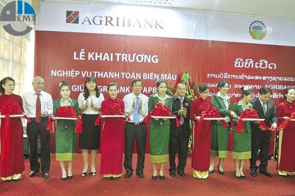 NH NN&PT tại cửa khẩu Lao Bảo
