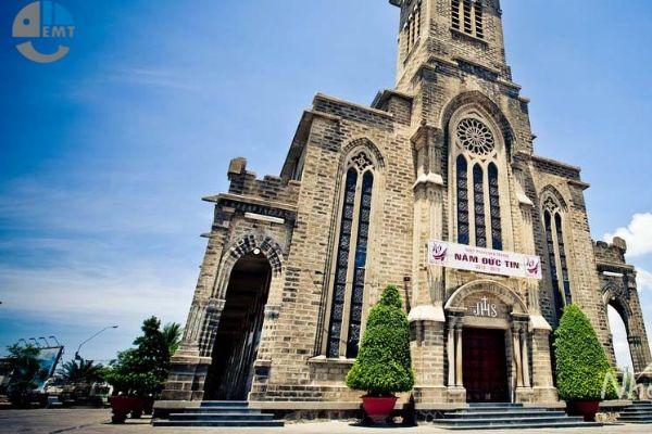 [ Nhà Thờ Đá Nha Trang ] – Một trong địa điểm du lịch HOT nhất tại Nha Trang